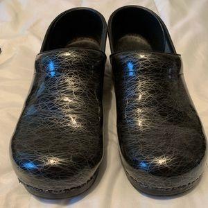 Dansko clogs size 41